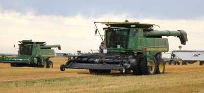 Wet, cool weather delays harvest